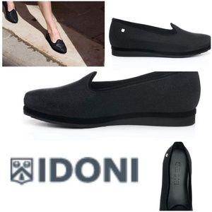 Idoni shoes. Women's black flats